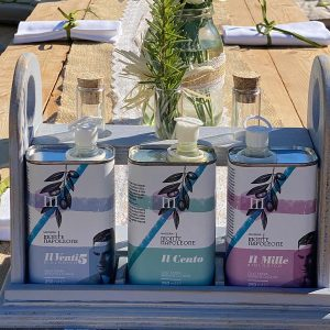 Extravirgin olive oil tasting in masseria